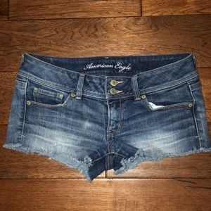 American Eagle Women's jean shorts